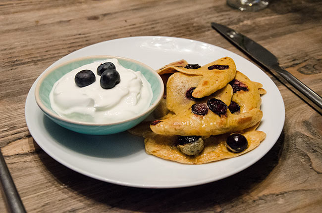 how to make blueberry pancakes with frozen blueberries